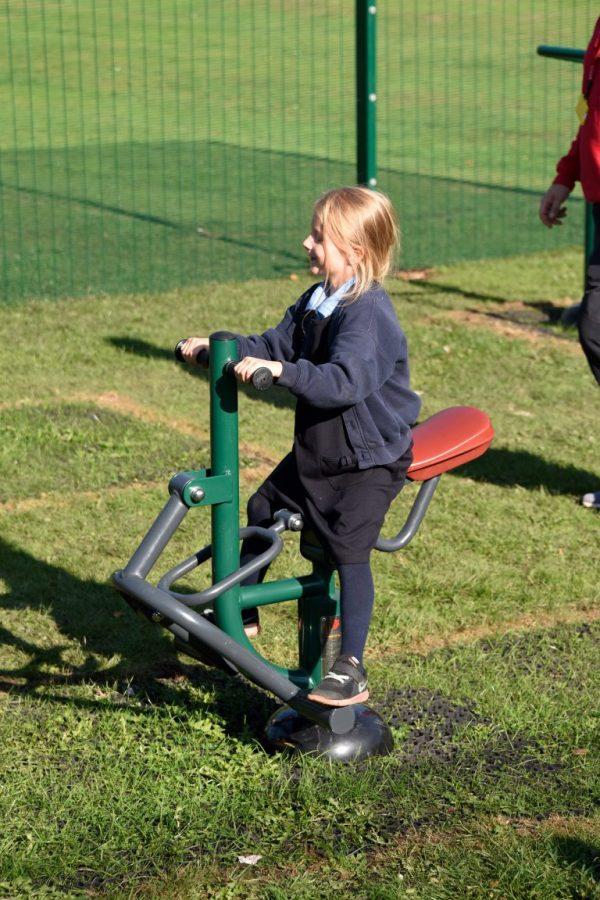 outdoor gym equipment for schools